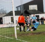 Thumbnail for article : Scorries In Full Flight Against The Broch