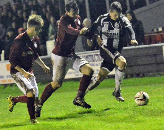 Photograph of Wick Academy 2 Linlithgow Rose 2